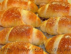 Ring Cake, Scones, Hamburger, Food And Drink, Bread, Recipes, Candy, Brot