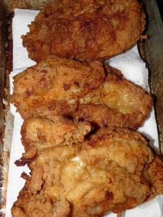 Southern Fried Chicken Batter I make my fried chicken similar to this but always use 1 1/2 C flour with 1/2 C cornstarch and it makes a lighter coating that tastes better and stays on the chicken better. It's not enough to make it a tempura, but just enough to fluff it up and keep it from being too heavy, dense and greasy.