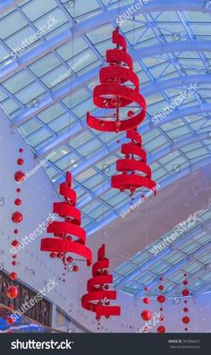 Ideas Christmas Tree Decoracion 2018 2019 - home/dekor Christmas Projects, Christmas Crafts, Christmas Ornaments, Christmas Activities, Christmas Ideas, Christmas Ceiling Decorations, Outdoor Decorations, Parties Decorations, Navidad Simple