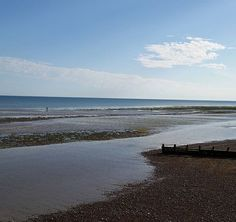#EnglishBeaches #BeautifulNature #SEEnglandBeaches #BlueSky #PebbleBeach #Beach #Sunset #BeachSunset #EnglishSunset #montereylocals #pebblebeachlocals - posted by Candy Cane Painting https://www.instagram.com/miss_wo1f - See more of Pebble Beach at http://pebblebeachlocals.com/