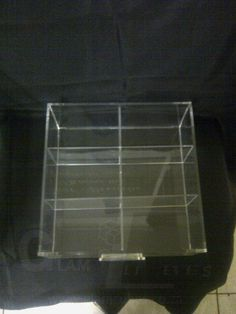 DD005-5'' Deep with an option of 4 or 6 grid/compartments