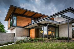 Barton Hills Residence | A Parallel Architecture