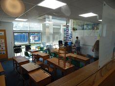 Aula      Sherborne:  Un curso para todas las edades, en pleno campo inglés.   La Sherborne Preparatory School, fundada el año 1885 muy cerca del centro de la histórica ciudad de Sherborne, es una de las escuelas primarias más prestigiosas del país. La escuela está situada en un campus muy agradable con edificios antiguos y modernos en medio de doce acres de zona verde y atractivos jardines.   #WeLoveBS #inglés #idiomas   #ReinoUnido #RegneUnit #UK  #Inglaterra
