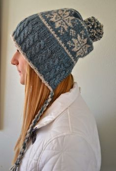 Susan B. Anderson: Split Back Snowflake Hat, plus a traditional version! ~ Now Available!