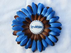 Brownies Girl Scouts hair clip to make
