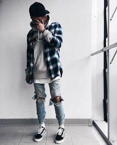 Fabulous Cool Tips: Urban Wear Hip Hop Dance Outfits urban fashion bathing suits.Urban Fashion Ideas For Women. Mode Old School, Mode Man, 90s Urban Fashion, Urban Street Style, Mode Streetwear, Streetwear Fashion, Streetwear Clothing, Mens Fashion Suits, Fashion Models