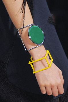 And more of my beloved green! These bangles from Celine are great. Jewelry 2014, Summer Jewelry, I Love Jewelry, Jewelry Trends, Jewelry Design, Women Jewelry, Jewellery, Bold Jewelry, Statement Jewelry