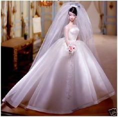 Boneca Barbie Maria Therese a pronta entrega. Barbie Doll Maria Therese hard to find and ready to ship for you! Barbie Bridal, Barbie Wedding Dress, Wedding Dress Shopping, Barbie E Ken, Barbie Blog, Fat Barbie, Barbie Style, Barbie Silkstone, Bridal Gowns