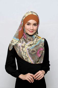Nor juma is my role model and hijab icon. I love her humble style, her sweet beauty and her charm. :)