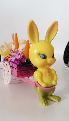 Vintage 1950s Yellow Plastic Easter Bunnycart//Easter by CZamore, $16.00