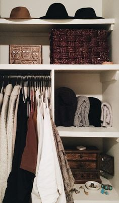 How to build a lifelong wardrobe - free download