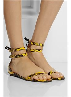 Shop affordable trendy flat shoes for women at shoespie. You can find various of cute flat shoes for huge discount including rhinestone thong flat sandals, rhinestone gladiator flats, embellished leather flat shoes. Gladiator Flats, Flat Sandals, Wedge Heels, On Shoes, Me Too Shoes, Shoe Boots, Flat Shoes, Tods Bag, Cute Flats