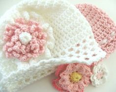 Instant Download Crochet Baby Hat Pattern - Fast and Easy CROCHET PATTERN Baby Cap with Flowers