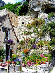 Garden of cliff-hanging village, Rocamadour, France