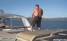 boat-jumping-fail.. OUCH