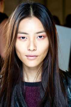 BEAUTY TREND: Pastel Makeup, Burberry Spring 2014.