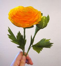 Crepe paper ranunculus and bud on CraftyCreativeGal.com