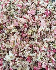 British Grown, Dye-free, Eco-friendly, Slow Falling, Quality and Affordable. Premium delphinium petals are the highest quality wedding confetti petals available. Funeral Flowers, Wedding Flowers, Floral Wedding, Wedding Stuff, Wedding Dress, Dark Pink Weddings, Inexpensive Wedding Venues, Budget Wedding, Wedding Planning