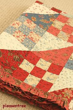 Quilt with ruffle edge :o)