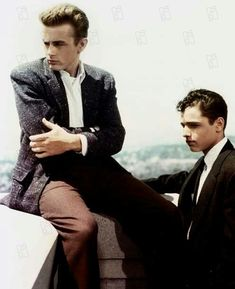 James Dean and Sal Mineo. Movie: Rebel without a cause.