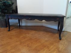 Vintage Shabby Chic Coffee Table Black With Red Queen Anne Styling