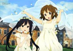 File:Azusa and Yui in white dresses.jpg