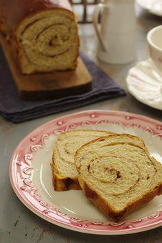 Vamos fazer pão: Pão doce com canela