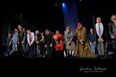 Schlussapplaus Jesus Christ Superstar im @musicalviennavbw Danke für eine unglaubliche Performance an @drew_sarich @barbara_obermeier_official @nicolastenerani @filippo_strocchi @sashadicapri et.al.  Schöne Grüße von Eurem Tinnitus aus der ersten Reihe #gattinflipptaus  #Musical #vienna #wien #jesuschristsuperstar #eventphotography  #photography #photooftheday  #blogger #Munich #München #Augsburg #bayern #bavaria #picoftheday #augsburgfotografie