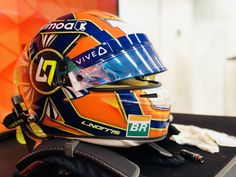 Lando Norris Mclaren Formula 1, Ocean City, Helmets, F1, Bubbles, Twitter, Ayrton Senna, Hard Hats, Helmet