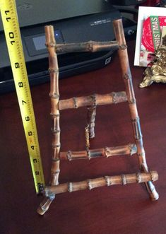 Bamboo Easel With Attached Chain