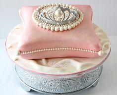 Cushion and Tiara Cake