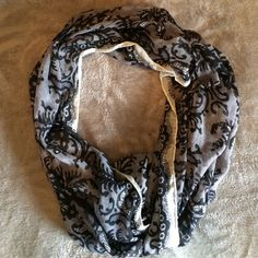 Black & gray scarf Lace looking pattern scarf. Black and gray color. Accessories Scarves & Wraps