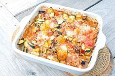 Ovenschotel met kip en Italiaanse groenten 4 Easy Cooking, Cooking Recipes, Seafood Diet, Good Food, Yummy Food, Oven Dishes, Good Healthy Recipes, Quick Easy Meals, Family Meals