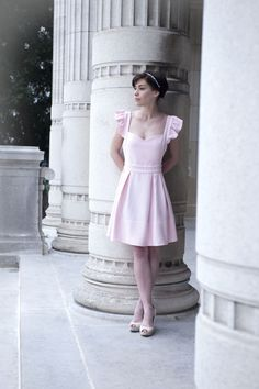 Alchimie.paris photographie Norah H. Les petites chaudières (pink dress princess fashion mode robe rose)