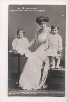 Princess Margaret of Connaught (Margaret Victoria Charlotte Augusta Norah; 15 January 1882 – 1 May 1920) was Crown Princess of Sweden and Duchess ofScania as the first wife of the futureKing Gustaf VI Adolf. | eBay!