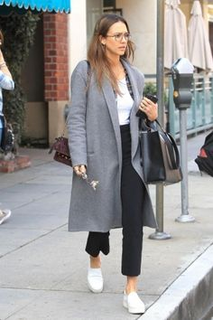 Jessica Alba wearing Vince Warren Leather Sneakers