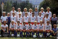 In der 20. Bundesliga-Saison 1982/83 gelang es dem HSV den Titel zu verteidigen und zum dritten Mal in der Bundesligageschichte Deutscher Meister zu werden. Zudem gewann das Team von Ernst Happel noch den Europapokal der Landesmeister gegen Juventus Turin.