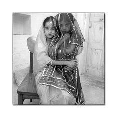 mary ellen mark photos Mary Ellen Mark, Female Photographers, Advertising Photography, Documentary Photography, Photojournalism, Photography Tutorials, Monochrome, Jodhpur, Beautiful People
