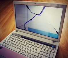 Get a Free Laptop Tune when getting your broken Laptop Screen Replaced    http://www.fix-computers.net    Customer Reviews  ;  http://www.fixcomputers.freeindex.co.uk/