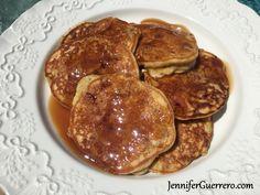 Jen's Pear and Cardamom Grain-Free Pancakes. No added sugar! JenniferGuerrero.com Coconut Flour, Almond Flour, Cardamom Cake, Paleo Pancakes, Pie Dish, Kitchen Gadgets, Whole30, Grain Free, Smoothies