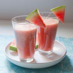 Zumo refrescante de sandía para #Mycook http://www.mycook.es/receta/zumo-refrescante-de-sandia/