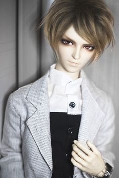 Pretty Ball jointed dolls on Pinterest