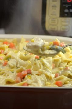 Instant Pot Chicken Potpie Casserole tastes creamy and delicious filled with veggies. An Easy Chicken Pot Pie meal inminutes instead of hours.