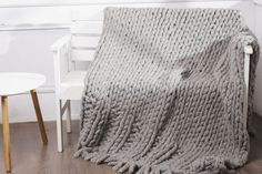 Chunky knit blanket Knit bed cover Chunky knit throw Thick yarn blanket  Merino knit blanket  Wool blanket gray Bedding knit decor