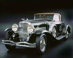 1933 Duesenberg SJ. Review CarHistory.us.org http://ow.ly/lhTNb