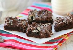 Gooey Cookies and Cream Chocolate Cake Bars | Cooking Blog