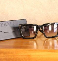 oculos prada quadrado