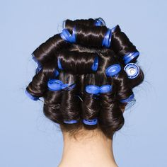 How to Get Bigger Curls in Your Hair for African American Males Curls For Medium Length Hair, Curled Hairstyles For Medium Hair, Medium Length Hair With Layers, Bun Hairstyles, Hot Curlers, Hot Rollers Hair, Hot Roller Tips, Beauty Stuff, Hair Beauty
