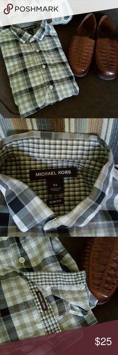 Michael Kors slim fit dress shirt Michael Kors slim fit dress shirt. Slim fit. Tan black and grey check with smaller checks in lining Michael Kors Shirts Dress Shirts
