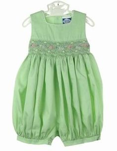 NEW Carriage Boutiques Green Smocked Bubble with Embroidered Pastel Flowers Kids Dress Wear, Dresses Kids Girl, Kids Outfits Girls, Girl Outfits, Frock Patterns, Baby Dress Patterns, Little Kid Fashion, Kids Fashion, Smocking Baby